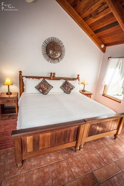 El Pescador Villa Bed