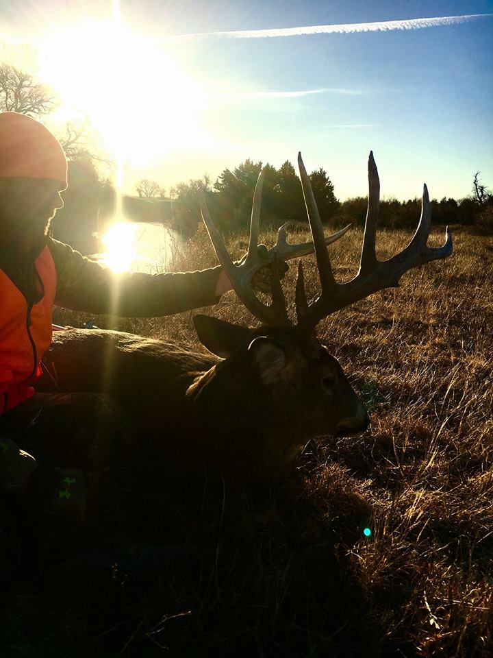 Roost Nebraska Deer Hunting Outfitter 12 1920w